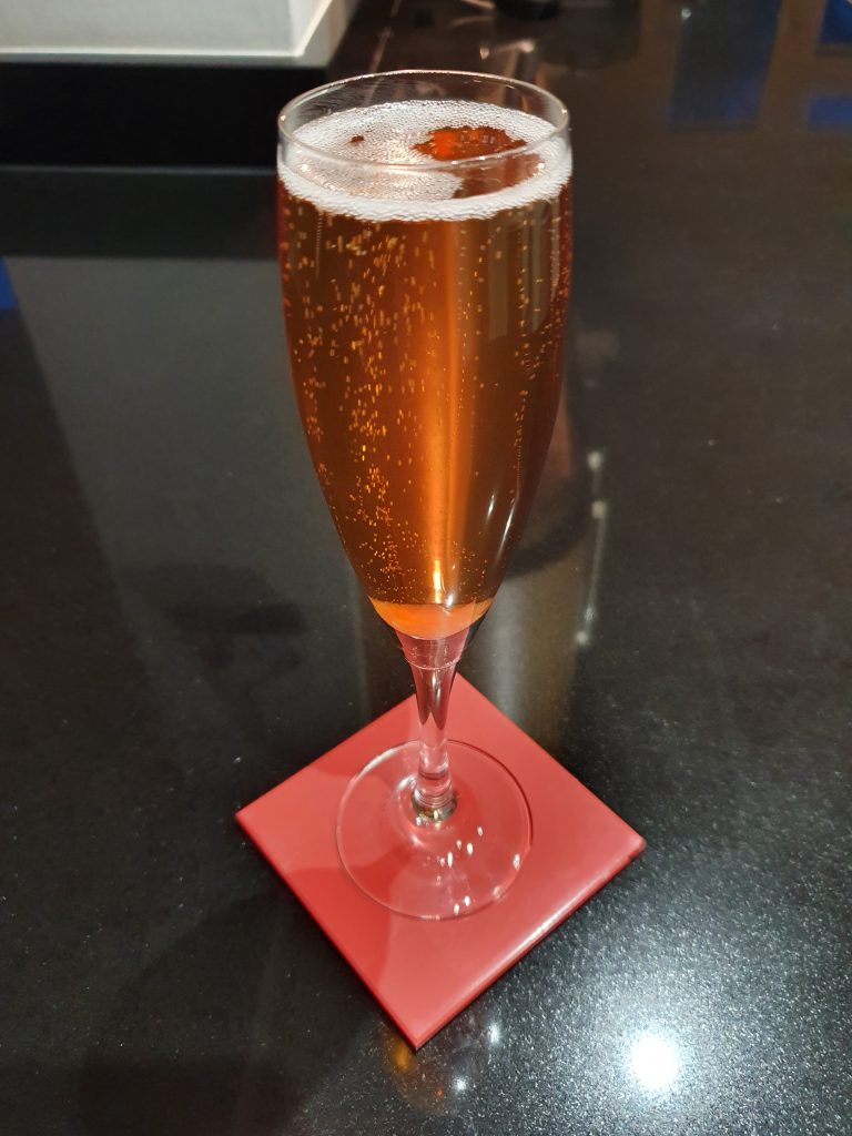 Pink Champagne-Cocktail